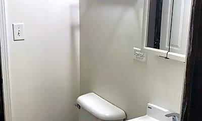 Bathroom, 15001 Meadow Ln, 2