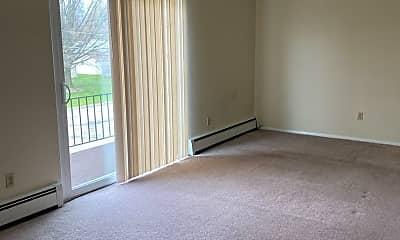Living Room, 7145 Locust Ave, 1