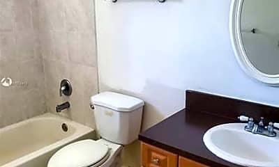 Bathroom, 13710 SW 90th Ave, 2