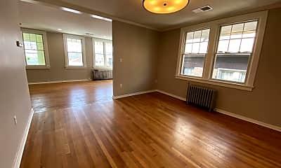 Living Room, 5511 Bryant St, 1