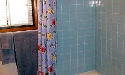 Bathroom, 4211 Lafayette Pl, 2