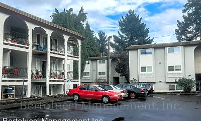 Building, 549 Greenwood Dr NE, 0