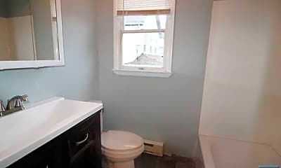 Bathroom, 223 Liberty St, 1