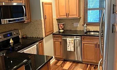 Kitchen, 7340 Lakefront Dr Unit 10, 1
