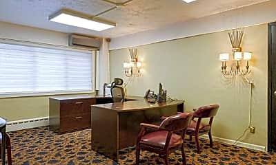 Clubhouse, 55 Glenwood, 1