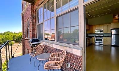 Patio / Deck, 1901 E Hennepin Ave 302, 0