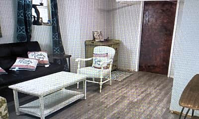 Living Room, 1516 W Thome Ave, 0