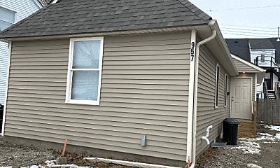 Building, 957 Washtenaw Ave, 0