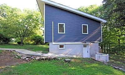 Building, 328 Knox Way, 1