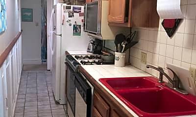 Kitchen, 618 A St NE, 1