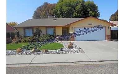 Community Signage, 639 Avalon Dr, 1