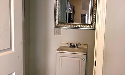 Bathroom, 1014 W 19th St 1F, 2