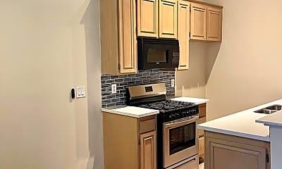 Kitchen, 14309 Sylvan St, 1