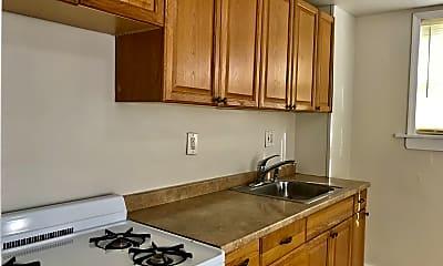 Kitchen, 2547 Salmon St, 1