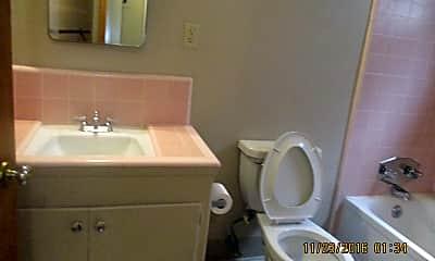 Bathroom, 4421 Del Rio Rd, 2