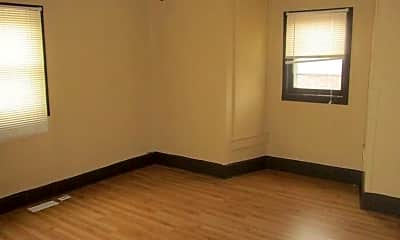 Bedroom, 2806 S Walnut St, 1
