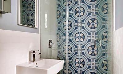 Bathroom, 479 Clinton Ave, 2
