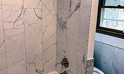 Bathroom, 3123 Fern Rd, 2
