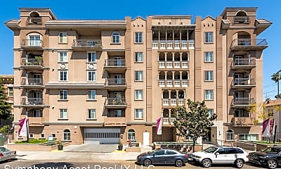 Building, 844 Fedora St, 0