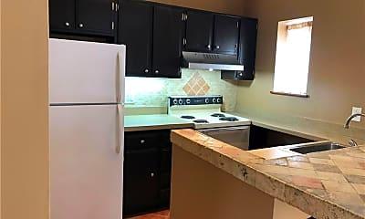 Kitchen, 10 N Clover St 1, 0
