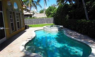 Pool, 547 Rookery Pl, 2