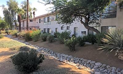 Desert Pointe, 0
