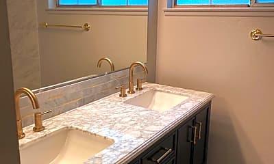 Bathroom, 831 Dakota Ct, 1