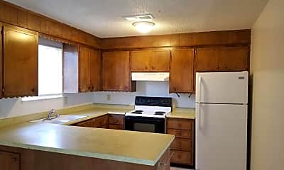 Kitchen, 25 Cameo Dr, 1