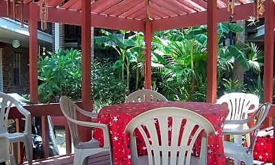 Cabana Courtyard Apartments, 2