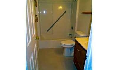 Bathroom, 500 Delaware St, 2