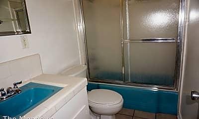 Bathroom, 2616 Greenmeadow Rd, 0