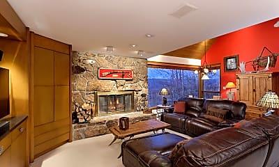 Living Room, 306 Edgewood Ln, 1