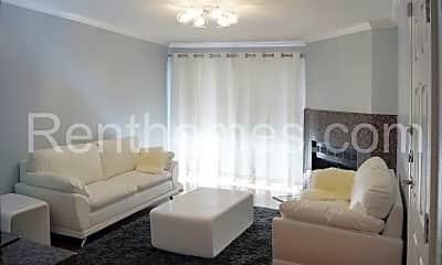 Living Room, 9919 Azuaga St, 1