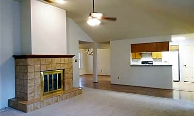 Living Room, 652 Harrison Dr, 1