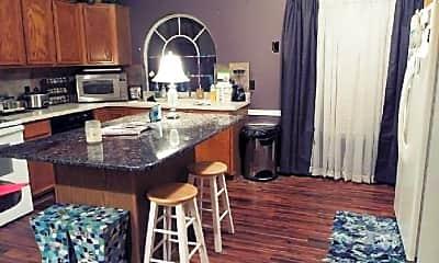 Kitchen, 5002 Redwater Dr, 2
