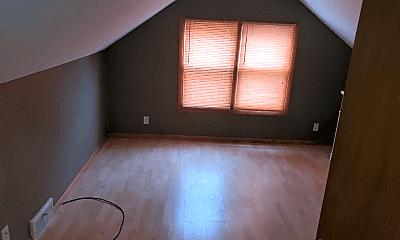 Living Room, 5405 Quincy St, 2