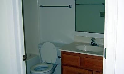 Bathroom, 1481 Carver St, 2