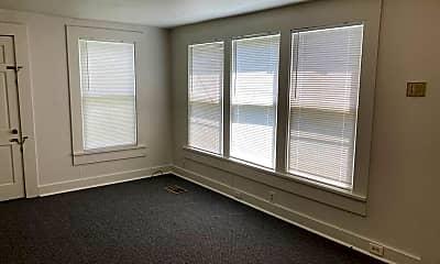 Living Room, 103 Merrick St, 2