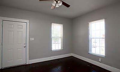 Bedroom, 617 S Pine St, 1