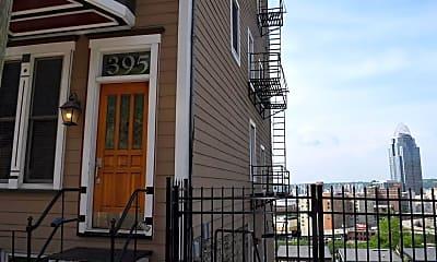 Building, 395 Oregon St 1, 2