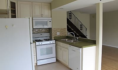Kitchen, 430 Inverrary Ln, 1