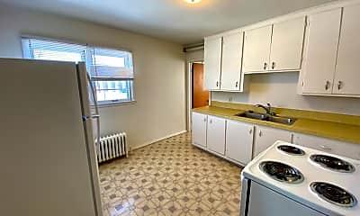 Kitchen, 1209 11 1/2 St N, 1