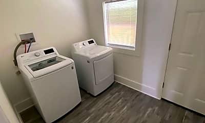 Bathroom, 407 Stoneman Street, 2