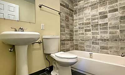 Bathroom, 4125 NE 82nd Ave, 0