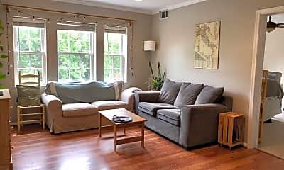 Living Room, 2021 Key Blvd, #626, 1