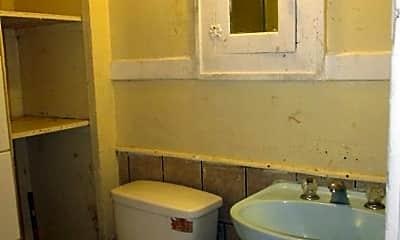 Bathroom, 212 S Oleander Ave, 2