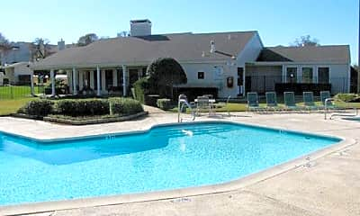 Pool, 744 Washington Dr, 1