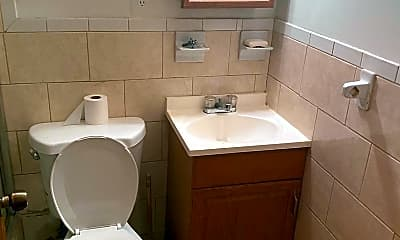 Bathroom, 2012 E Madison St, 2