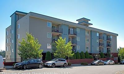 Building, 20120 Whitman Ave N, 1