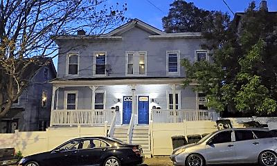 Building, 118 Pequonnock St, 0
